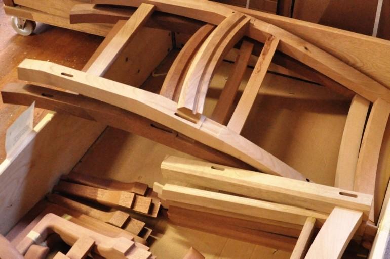 Produktionsteknologen kan bl.a. være med til at optimere fremstillingen af møbeldele. Foto: Træ.dk