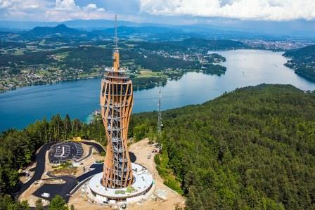 Udsigtstårn bygget af træ - Pyramidenkkogel