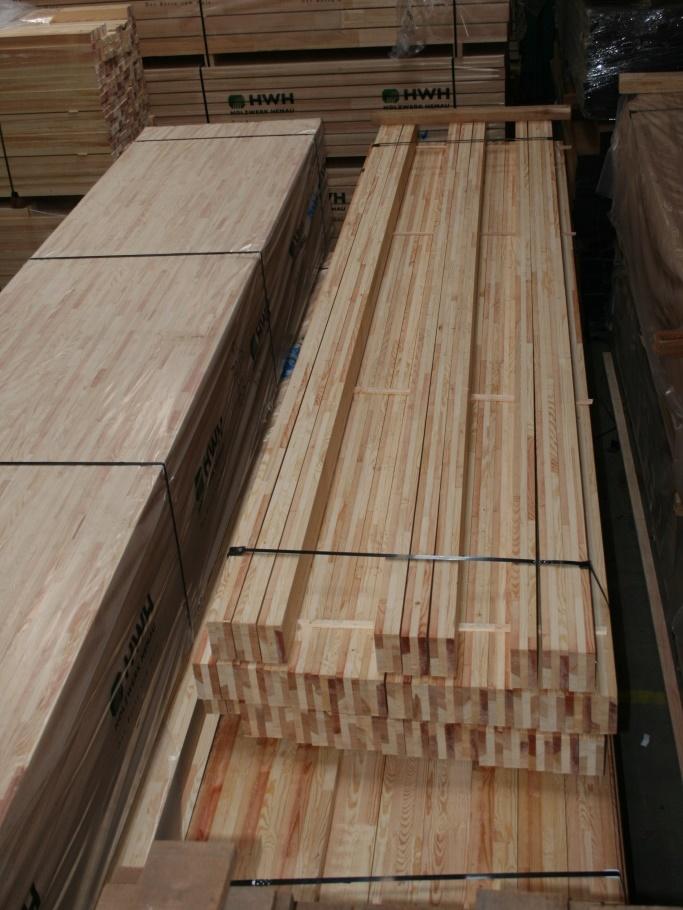 Nåletræ på lager hos Hårdttrælasten
