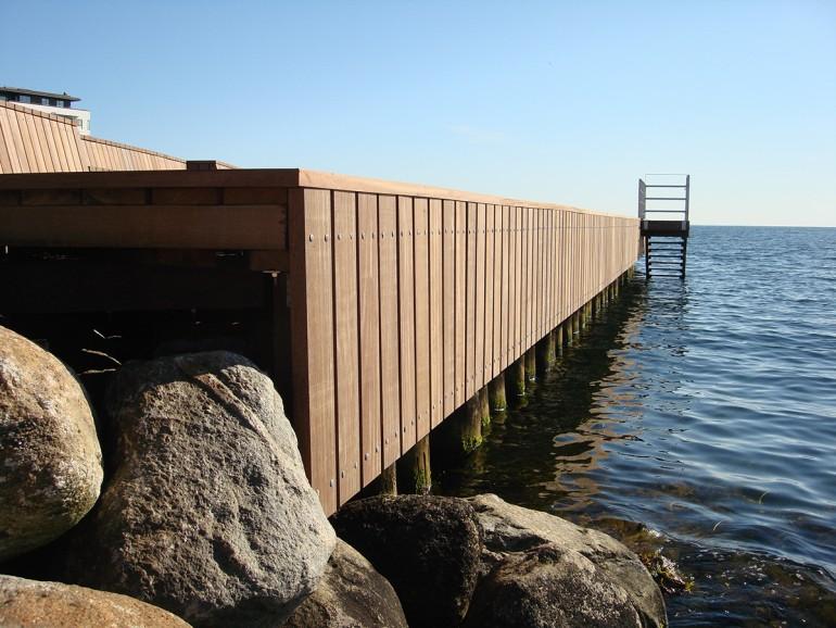 Azobé er velegnet til havnebyggeri.