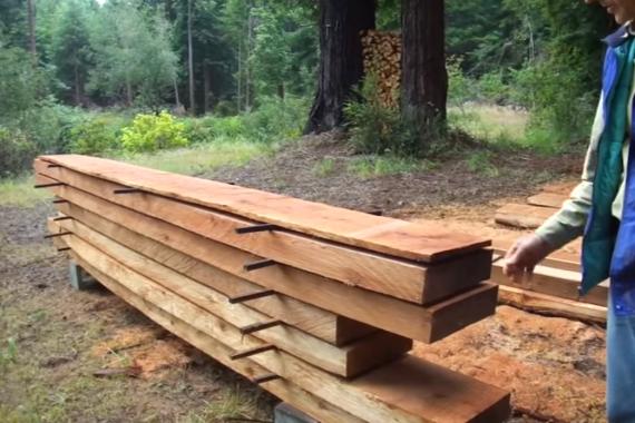 Lufttørring af træ