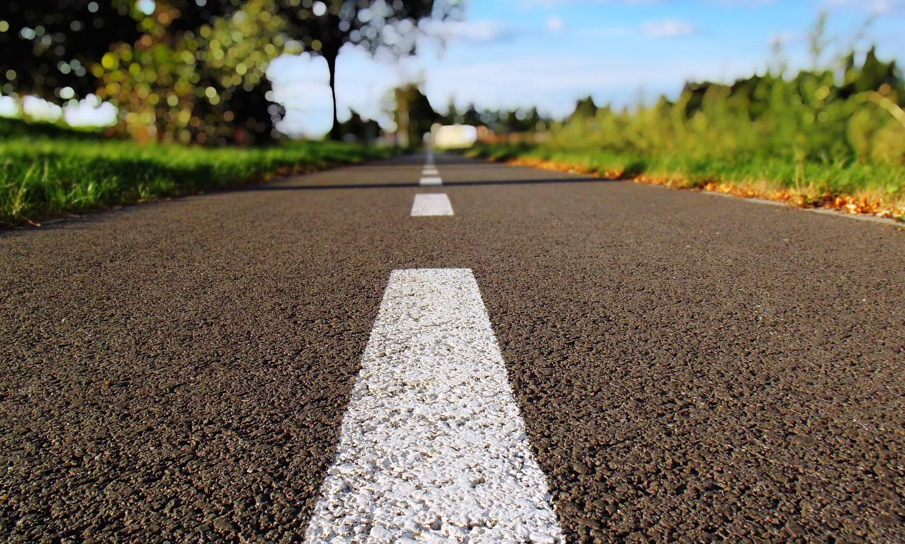 Asfalteret vej