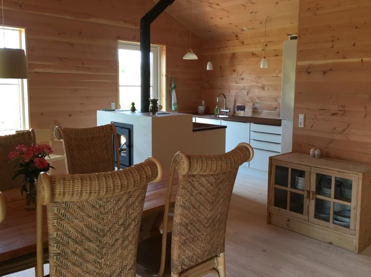 Huset blev færdigt - sommerhus - Jette Rosendal.