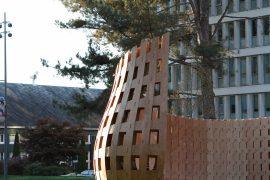 Robotter bygger træbænk